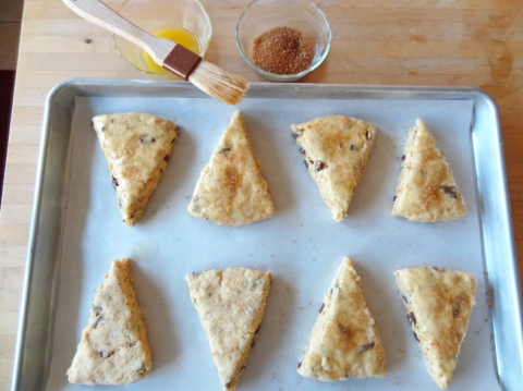 Scones on the baking sheet