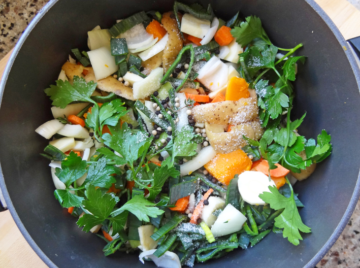 Vegetables in the pot for broth