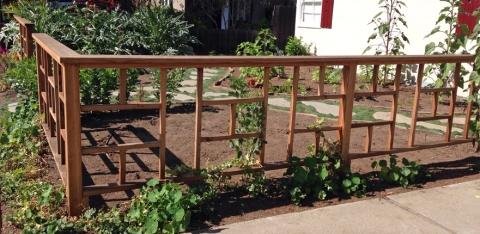 Creative front yard garden
