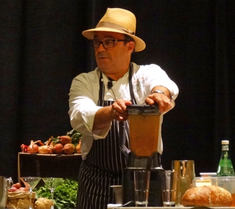 Chef Thierry Rautureau blending Tomato-Basil Soup at IFBC 2014