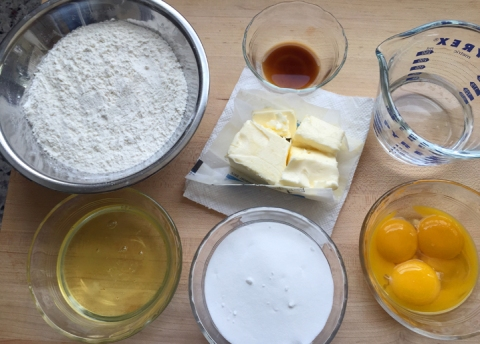 Lamington sponge cake ingredients