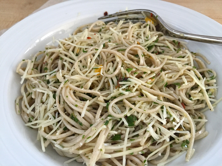 Mmmm... earthy soba noodles with garlicky, lemony, herbal goodness.